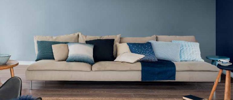paint and d cor dulux announces denim drift as the. Black Bedroom Furniture Sets. Home Design Ideas